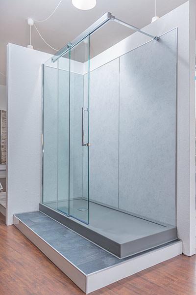 umbau badewanne statt dusche wohnraum altersgerecht. Black Bedroom Furniture Sets. Home Design Ideas